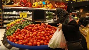 """السعودية تقرّر منع دخول الخضر والفواكه اللبنانية: """"على لبنان تقديم ضمانات لوقف"""