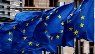 الاتحاد الأوروبي يوافق على استقبال المسافرين من دول بينها الولايات المتحدة ولبنان