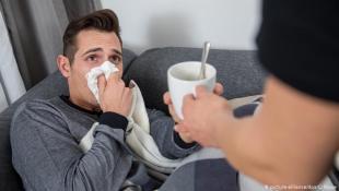 لا تتناول هذه الأشياء عند الإصابة بنزلات البرد!